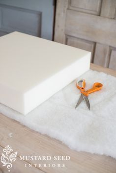 video tutorial on making a chair/sofa cushion | miss mustard seed
