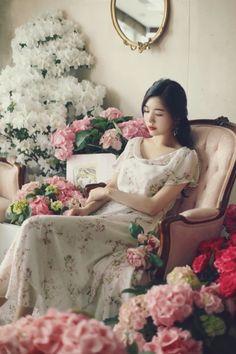 밀크코코아 감성화보 : 네이버 블로그 Korean Model, Yoona, Tight Dresses, Ulzzang, Womens Fashion, Pictures, Fashion Design, Park, Beauty