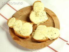 Crostini con la scamorza: Ricetta Tipica Abruzzo | Cookaround
