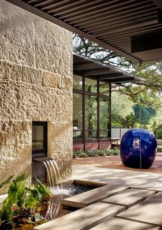 Olmos Park Residence in San Antonio by Lake/Flato Architects