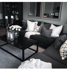 25 manly living room decor ideas in the masculin bl&; 25 manly living room decor ideas in the masculin bl&; Manly Living Room, Apartment Room, White Living Room Decor, Black Living Room Decor, Black Sofa Living Room, Living Room Goals, Apartment Living Room, Farm House Living Room, Living Room Grey