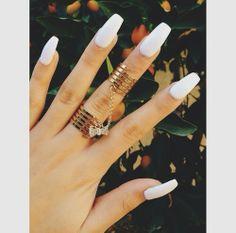all white erythang ~
