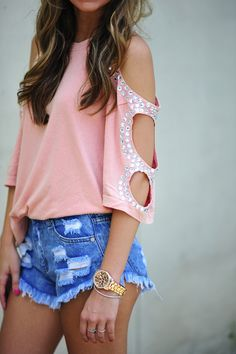 This top is adorable!!