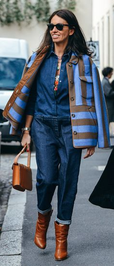 The Best Street Style Inspiration & More Details That Make the Difference Tommy Ton, Giovanna Battaglia, Outfit 2017, Blue Jean Outfits, Casual Looks, Cool Outfits, Winter Fashion, At Least, Street Style