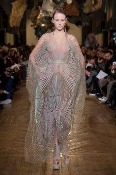 Iris Van Herpen | Haute Couture - Spring 2018 | Look 10