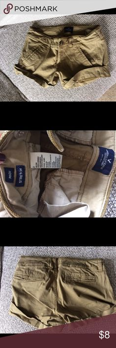 American eagle khaki shorts Excellent condition American Eagle Outfitters Shorts