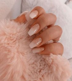 In seek out some nail styles and some ideas for your nails? Here is our set of must-try coffin acrylic nails for modern women. Bright Summer Acrylic Nails, Simple Acrylic Nails, Best Acrylic Nails, Acrylic Nail Designs, Nail Art Designs, Winter Acrylic Nails, Winter Nails, Nails Design, Pink Nails
