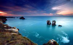 Aquamarine ocean