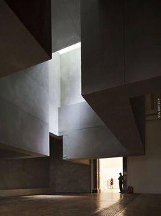 80 Amazing Home and Building Natural Light Architecture Design - DecOMG Architecture Design, Concrete Architecture, Light Architecture, Amazing Architecture, Contemporary Architecture, Tectonic Architecture, Installation Architecture, Landscape Architecture, Shadow Architecture