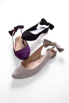 Magical Comfortable Shoes from 37 of the Cute Comfortable Shoes collection is the most trending shoes fashion this season. This Comfortable Shoes look related to shoes, flats, heels and pumps was… Pretty Shoes, Beautiful Shoes, Cute Shoes, Me Too Shoes, Bow Flats, Suede Flats, Slingback Flats, Mode Blog, Mocassins