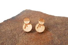 Wooden earrings - Snowman Earrings - Wooden Jewelry - Christmas earrings - Silver 925 Stud Earring - Snowman silhouette - Laser cut jewelry