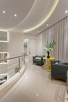 Casa Limeira: Corredores, halls e escadas modernos por Arquiteto Aquiles Nícolas Kílaris