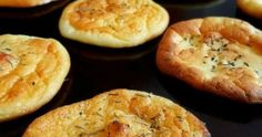 Nov 2016 - The Best No-Carb Cloud Bread with Only 4 Ingredients.This Cloud Bread is so soft, airy, fluffy and practically melts in your mouth. Carb-free, gluten-free and high in protein. Banting Recipes, Bariatric Recipes, Low Carb Recipes, Bread Recipes, Cooking Recipes, Atkins Recipes, Savoury Recipes, Cloud Bread, Bad Carbohydrates