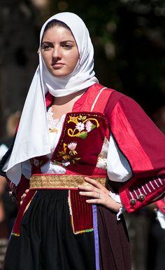 Costume di Nuoro  #TuscanyAgriturismoGiratola