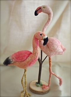 Needle felted Flamingo  by natsuko.m @Elizabeth Polansky (learn how to felt!!)