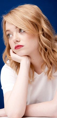 """ Emma Stone at  The Amazing Spider-Man  Press Conference in Cancun (April "" c785a582f80"