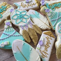 Boho cookies for an birthday Iced Cookies, Royal Icing Cookies, Sugar Cookies, Bohemian Birthday Party, Wild One Birthday Party, Dream Catcher Cake, Wild West Party, Fancy Cupcakes, Royal Icing Decorations
