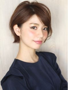 What are the popular hairstyles in Japan right now? Check out the ranking of the top hairstyles for 2016 half. Girl Short Hair, Short Hair Cuts, Short Hair Styles, Short Bob Hairstyles, Popular Hairstyles, Love Hair, Hair Dos, Hair Lengths, New Hair