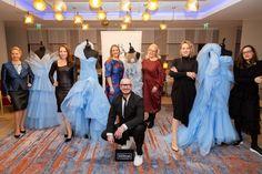 Der Haute Couture Austria Award 2020 zeigte wieder, dass Österreich viele großartige Talente hat.Als Sieger ging das Designer-Duo Lilya Semenova & Diana Stoynova / InOrNear. Den zweiten Platz teilen sich Patrizia Markus / Pollsiri und Katharina Schönbauer-Manak, Platz drei geht an Alexandra Gogolok-Nagl. Schneider, Prom Dresses, Formal Dresses, Designer, Diana, Awards, Fashion, Haute Couture, Unique Dresses