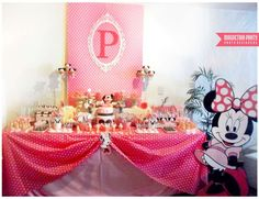 Mickey Mouse / Minnie Mouse Birthday Party Ideas | Photo 31 of 32