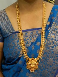 Necklaces / Harams - Gold Jewellery Necklaces / Harams at USD Gold Mangalsutra Designs, Gold Earrings Designs, Necklace Designs, Gold Temple Jewellery, Gold Jewellery Design, Handmade Jewellery, Jewellery Box, Gold Jewelry Simple, Indian Jewelry