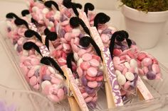 Cute butterfly party favors using clothes pins!