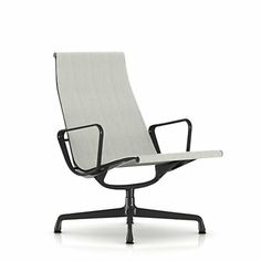 Eames Outdoor Lounge Change made from 64% recycled materials.
