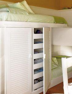 un dormitorio infantil para dormir estudiar y jugar