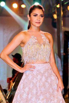 Anushka Sharma walks for Manish Malhotra Fashion Show 2017 Indian Attire, Indian Wear, Indian Dresses, Indian Outfits, Manish Malhotra Designs, Indian Blouse, Sari Blouse, Indian Look, Engagement Dresses