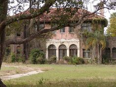 The abandoned Howey Mansion in Howey-In-The-Hills Florida. The 20-room 8,800 square foot mansion built in 1925 by William J. Howey, a citrus grower, developer, two-time gubernatorial candidate, and founder of Howey-in-the-Hills Florida. Howey's widow had lived here from the time her husband died in 1938 until 1981.