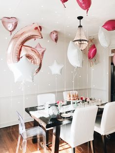 It's birthday party time! 🦄🦄🦄 Stay magical, my friends! Birthday Party Meals, Unicorn Birthday Parties, Birthday Balloons, Unicorn Party, Happy Birthday, Garvin And Co, Baby Party, Happy Holidays