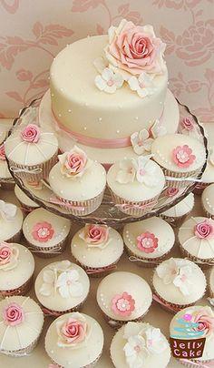 Dusky Pink  #wedding cupcakes ... Wedding ideas for brides, grooms, parents & planners ... https://itunes.apple.com/us/app/the-gold-wedding-planner/id498112599?ls=1=8 … plus how to organise an entire wedding ♥ The Gold Wedding Planner iPhone App ♥