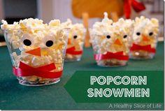 Popcorn Snowmen. ☀CQ #christmas #snacks
