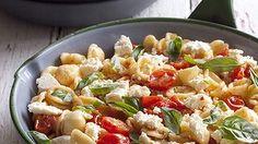 Ricotta and tomato pasta.