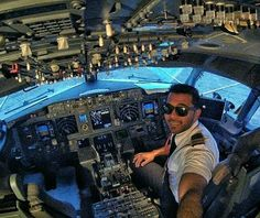 Quick selfie before the flight! Picture by @mnoordin Send your pictures for repost! BECOME A PILOT!! ✈👮 Learn what it takes to become a pilot with this e-book, on a special $4,99 promotion! ➖➖➖⤵ LINK IN THE DESCRIPTION! Or check Aviationabove.com!  START FLYING! ✈👮 ➖➖➖ #cockpit #aviation #aircraft #flying #pilot #pilots #pilotlife #pilotslife #flightdeck #airplane #plane #planes #amazing #boeing #airbus #photooftheday #airport #avgeek #aviationabove #cockpitview #likes #planeporn #crewlife…