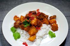 Keittotaiteilua: Porsasta ja ananasta hapanimeläkastikkeessa #possu #kiinalainen #ananas #hapanimelä