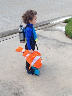 SCUBA DIVER FROM NEMO, CHILDRENS COSTUME, HAND MADE, WATER BOTTLES, NEMO FISH, FELT FLIPPERS, AND MASK