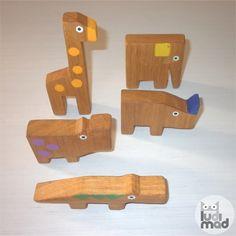 Animales de Madera Realizador de forma artesanal con madera de roble.
