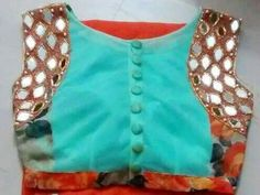 Back side of blouse with buttons which makes it look very classy Saree Blouse Patterns, Sari Blouse, Saree Blouse Designs, Off White Saree, Mirror Work Blouse, Best Blouse Designs, Party Sarees, Kids Frocks, Chiffon Saree