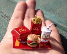 Tepe Nautilus'ta sinema keyfinden önce bir de fast food kaçamağı için yemek katımızda şöyle bir tur atın :D