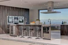 #kitchendesign #italiankitchen #moderndesign #minimalisminterior #interiordesign #pedinila #modernkitchen #losangelesdesign #luxuryhomes #homeinterior #waterfallisland #interiordesign #minimalinterior #kitcheninspiration #interiordesigner #kitchens #kitchengoals #kitchenideas #interiordecor #fineinteriors #luxeinteriors #beverlyhillshomes Pedini LA