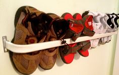Functional Fashion: Quick Fix,...DIY Toddler Shoe Rack
