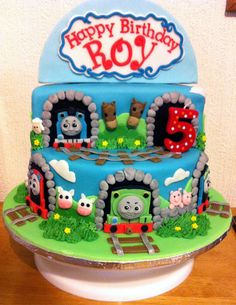 Thomas cake for my great nephew Roy