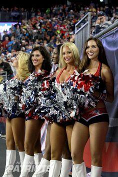 New England Patriots Cheerleaders, Football Cheerleaders, Cheerleading, Alley Cat, Athletic Models, Pittsburgh Steelers, Seasons, Sexy, Team Cheer