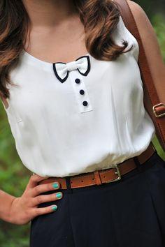 Camisa blanca y negra