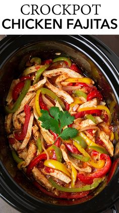 Easy Slow Cooker Chicken Fajitas – so delicious and perfect for busy days! An easy family friendly recipe! Easy Slow Cooker Chicken Fajitas – so delicious and perfect for busy days! An easy family friendly recipe! Slow Cooker Steak, Healthy Slow Cooker, Slow Cooker Dinners, Easy Chicken Fajitas, Steak Fajitas, Crockpot Chicken Fajita Recipes, Chicken Fajitas Slow Cooker, Slimming World Chicken Fajitas, Crockpot Fajitas Chicken