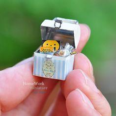【ヤフオク出品中】 詳しくはHPをご覧下さい! #homework #miniature #art #basket #orange #box #lunchbox #picnic #lunch #interior #ミニチュア #バスケット #ブリキ #ランチボックス #ピクニック #はんだ #半田 #金属 #インテリア #雑貨 #ハロウィン #Halloween #handmade #手のひらの上の世界