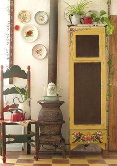 Hand Painted Furniture, Vintage Furniture, Diy Furniture, Boho Decor, Rustic Decor, Country Decor, Bohemian House, Diy Décoration, Ladder Decor