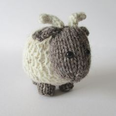 6fcbf220c1d Bramble Goat and Chestnut Cow - Knitting Patterns at Makerist Cow Toys