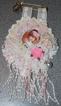 mini kilt pin doily wallhanging 1: dt Flair by me on Etsy